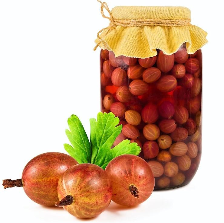 Angrešt je ovoce nadupané vitaminy. Jeho sladkokyselá chuť vynikne v kompotu i bublanině