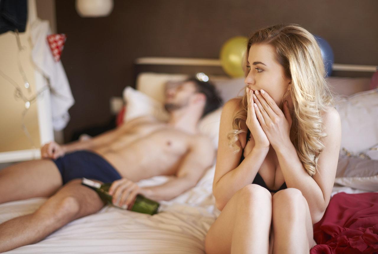 MANUÁL: 7 věcí, co dělat, když ses vyspala s někým, s kým jsi OPRAVDU neměla