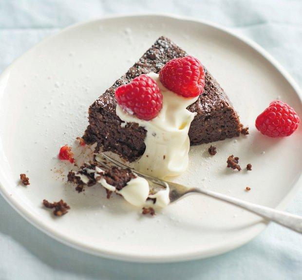 Čokoládový koláč bez mouky s lískovými oříšky Foto: