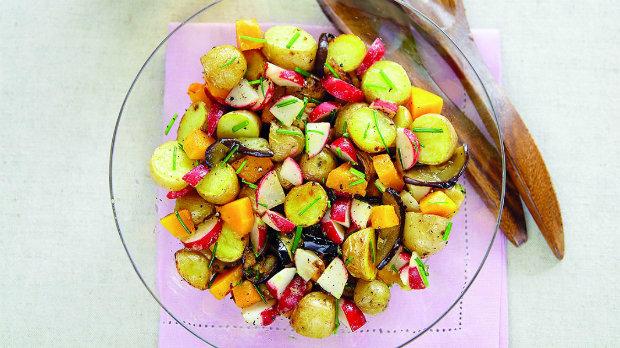 Zdravý letní bramborový salát Foto: