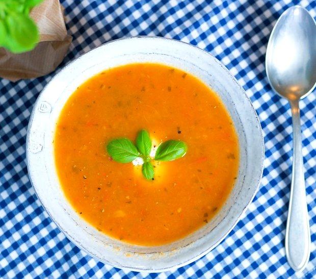 Polévka z čerstvých rajčat  Foto: