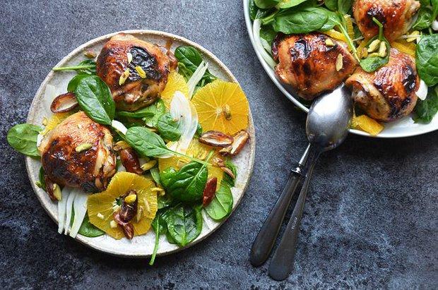 Grilované kuře s pomerančovým salátem Foto: