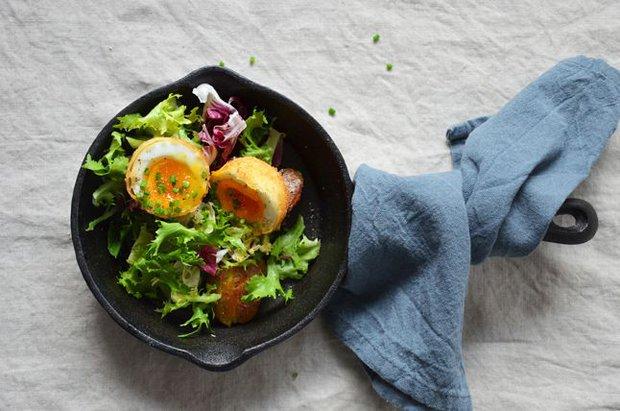 Smažené vejce na salátu 2 Foto: