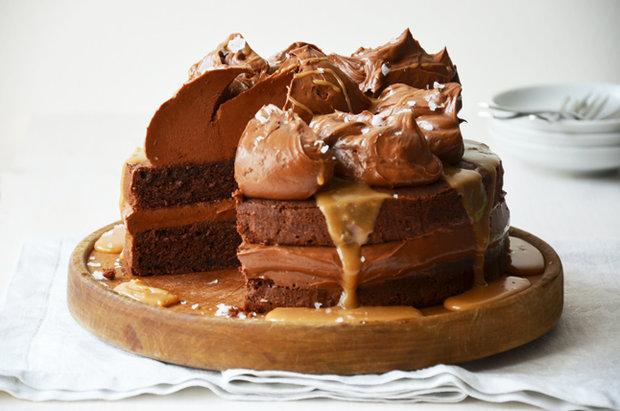 Slavnostní dort se slaným karamelem Foto:
