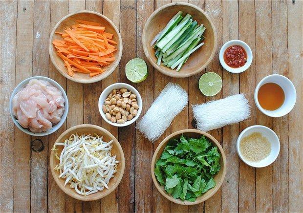 Vietnamský nudlový salát 2 Foto: