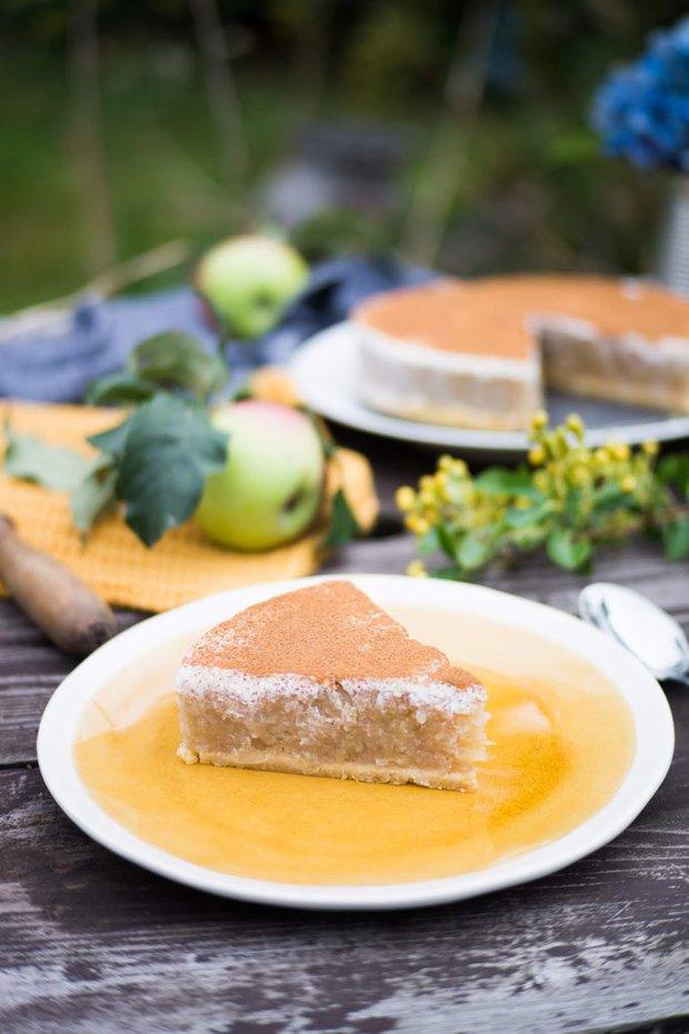Jablečný nepečený koláč Foto: