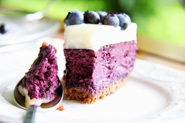 Dánský borůvkový cheesecake - Blåbær Ostekage  Foto: