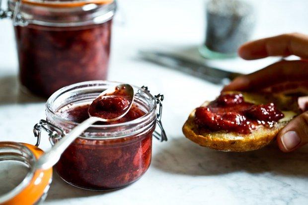 Jahodová marmeláda s chia semínky a vanilkou 3 Foto: