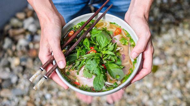 Vietnamský hovězí vývar Pho bo tai 5 Foto: