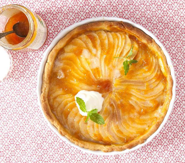 Linecký koláč s hruškami a marcipánem  Foto: