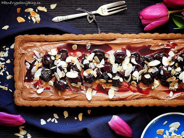 Čokoládový koláč s třešněmi 2 Foto:
