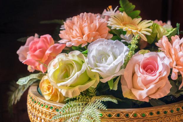 Umělé květiny dejte raději na hřbitov. Foto: