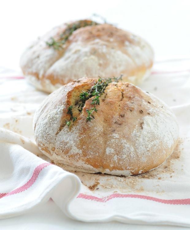 Domácí tymiánový chléb Foto: Chléb v hlavní roli