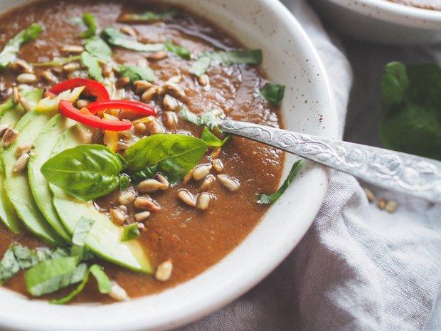 Studená polévka gazpacho s avokádem Foto: