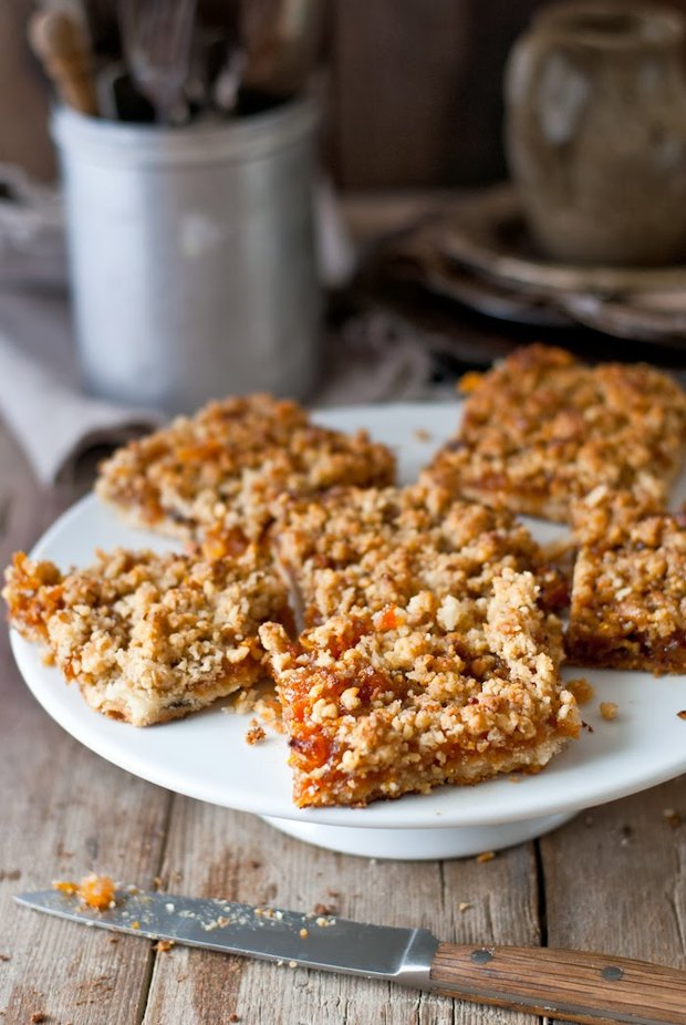 Rozmarýnový koláč ze sušených meruněk  Foto: Sweet pixel blog