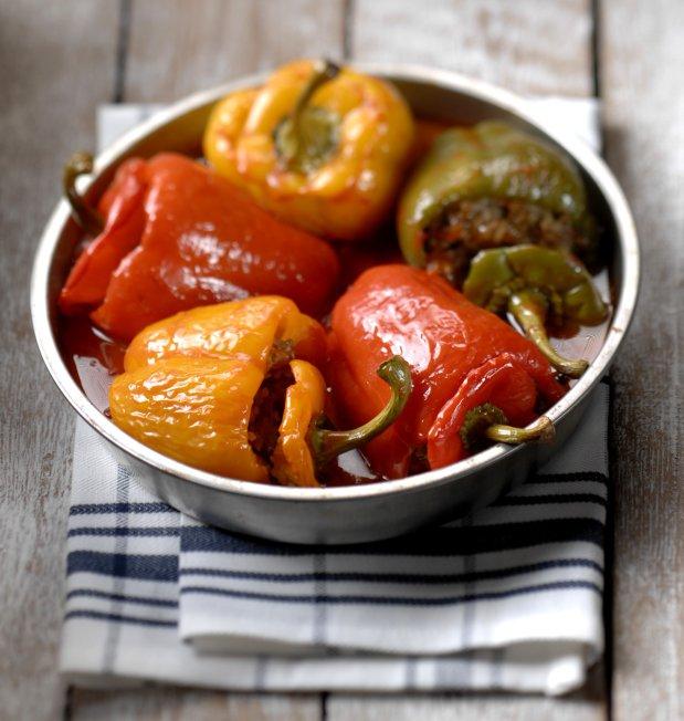 Plněné papriky v rajčatové omáčce  Foto: