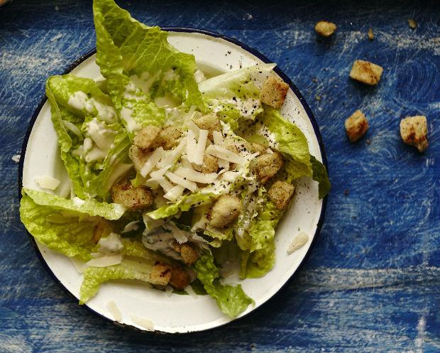 Slavný salát Caesar  Foto: Kuchařka pro mého muže