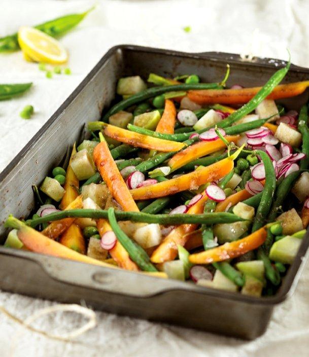 Jarní zelenina s medovou zálivkou  Foto:
